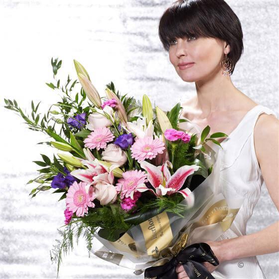 Large Pretty Pastels Presentation Bouquet