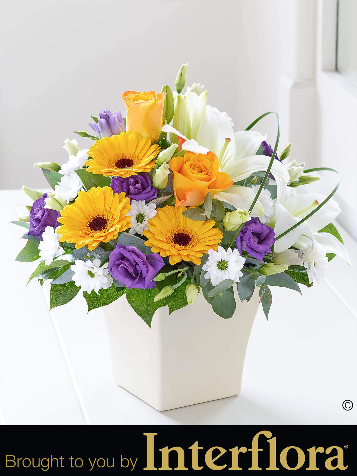 Chic spring arrangement bbl design ecommerce chic spring arrangement mightylinksfo